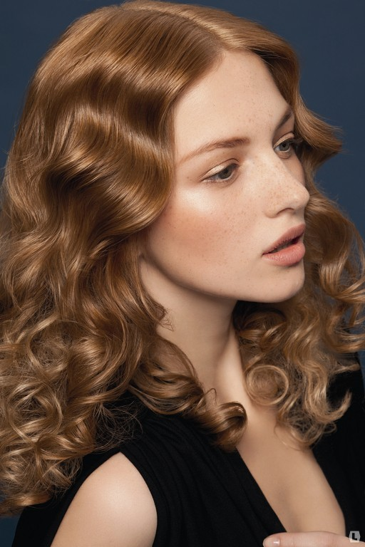 Создание современных причесок на длинных волосах