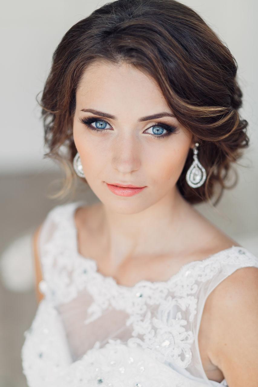 Укладка свадебная на короткие волосы-фото