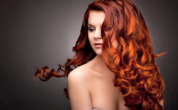 Благородство и страсть темно-рыжего цвета волос