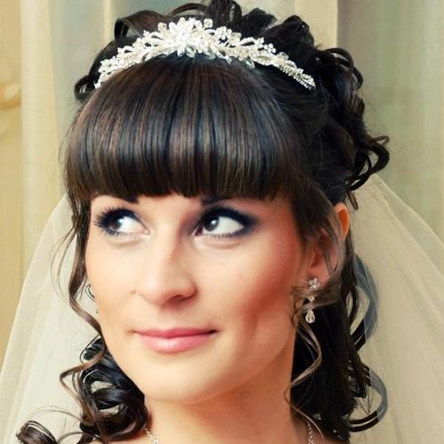 Какую свадебную прическу выбрать?