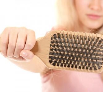 Выбираем лучшие средства от выпадения волос