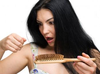 Несколько рецептов и методов от выпадения волос