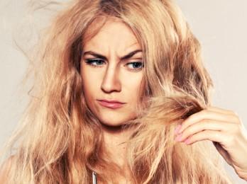 В чем причина сухих волос?