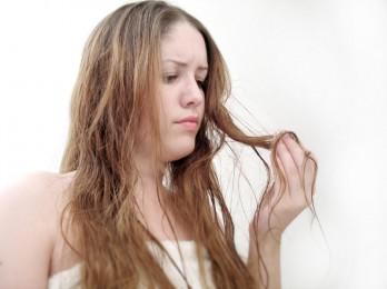 Что делать при ломкости волос?