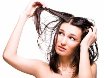 Особенности ухода за жирными волосами