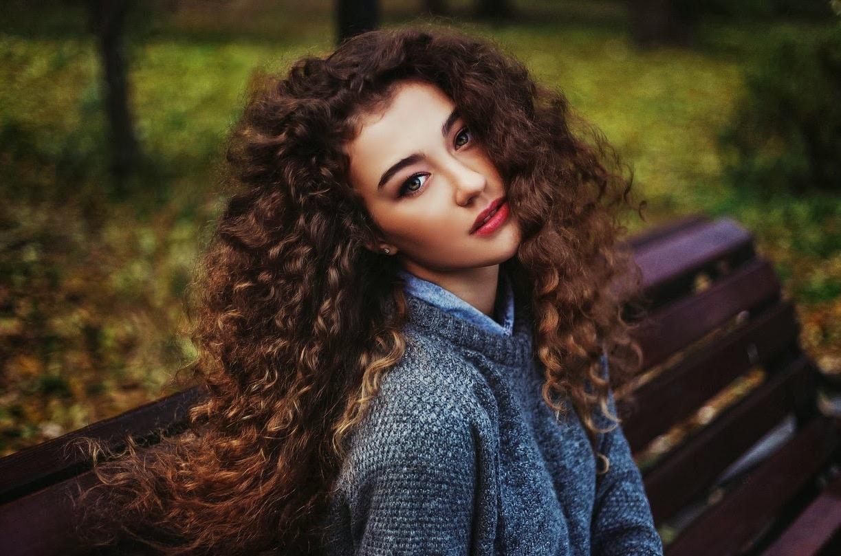 Что сделать с жесткими волосами в домашних условиях