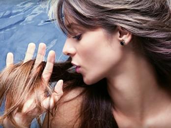 Как быстро восстановить волосы в домашних условиях?