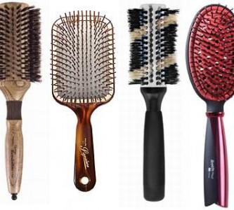 Какой должна быть расческа для укладки волос феном?