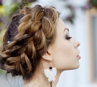 Быстрое создание несложной прически для длинных волос