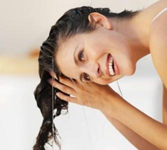Возвращаем натуральный оттенок смывкой для волос в домашних условиях