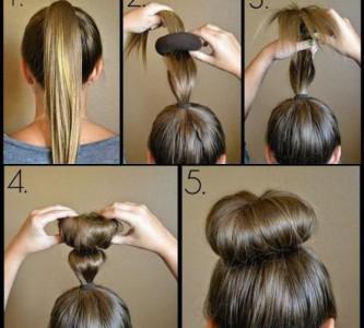 Сооружаем прическу с бубликом на средние волосы