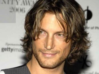 Популярные мужские прически на длинные волосы