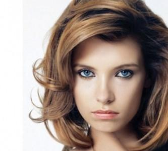 Методы создания объемных причесок на средние волосы