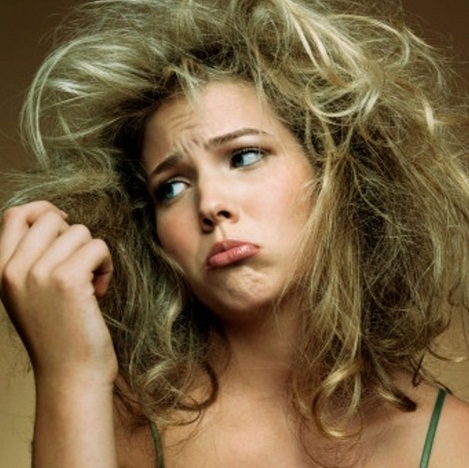 Как остановить выпадение волос при гормональном сбое у женщин?