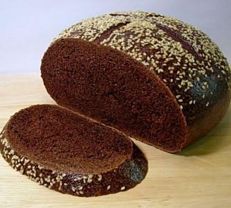 Чем полезна маска для волос из черного хлеба?
