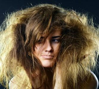 Секреты восстановления сухих волос