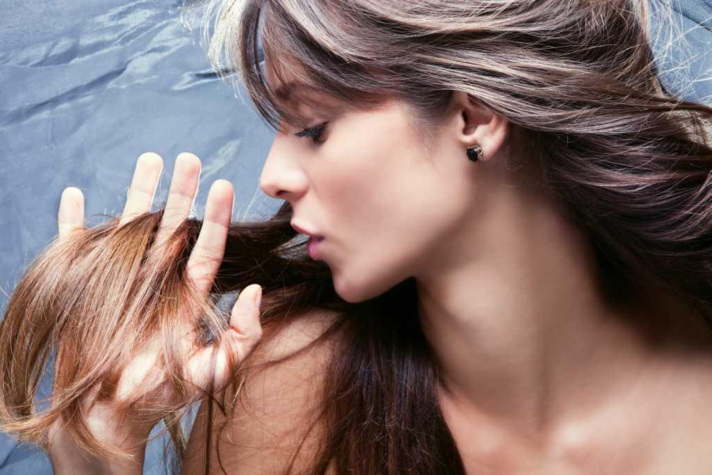 Почему секутся волосы и как это предотвратить