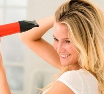 Правильно сушим волосы феном