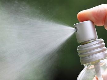 Помогает ли использование спрея от вшей и гнид?