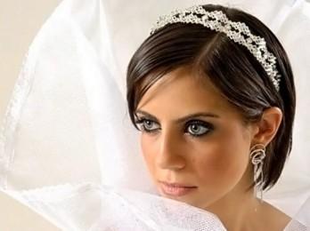 Советы и идеи для свадебных причесок на коротких волосах
