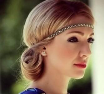 Романтичные греческие прически с повязкой