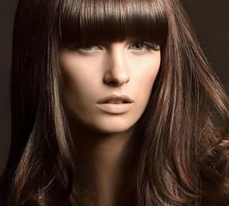 Популярные оттенки темно-каштанового цвета волос