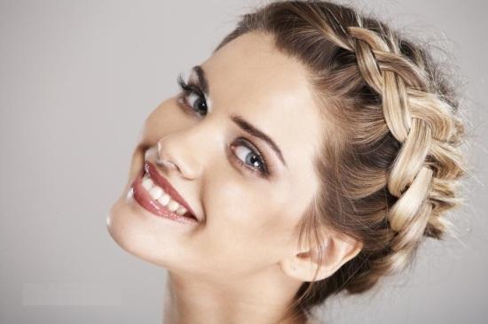 Как красиво уложить и заплести волосы самостоятельно?