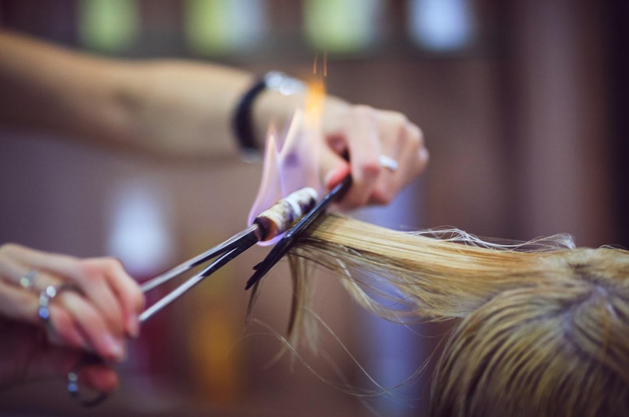 Обжигание волос